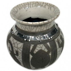 "Pot ""Black and White"" - Sculpture africaine en raku (27xhaut.26cm)"